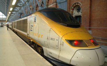 ¿Cuánto tiempo se tarda en llegar de Londres a Amsterdam en tren