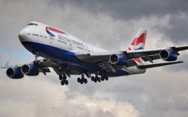 Qué aerolíneas vuelan más baratas de Gatwick a Amsterdam