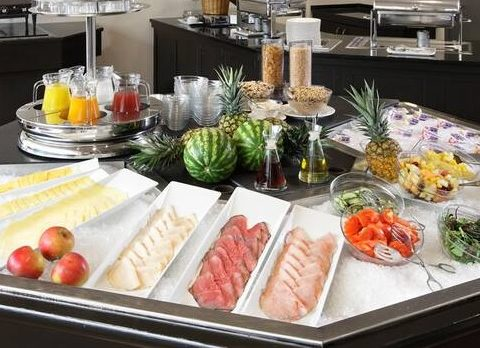 hotel good breakfast Amsterdam