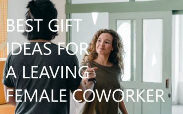 gift ideas leaving colleague woman